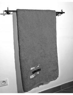 Porte serviette en fer forgé main MÉDITATION